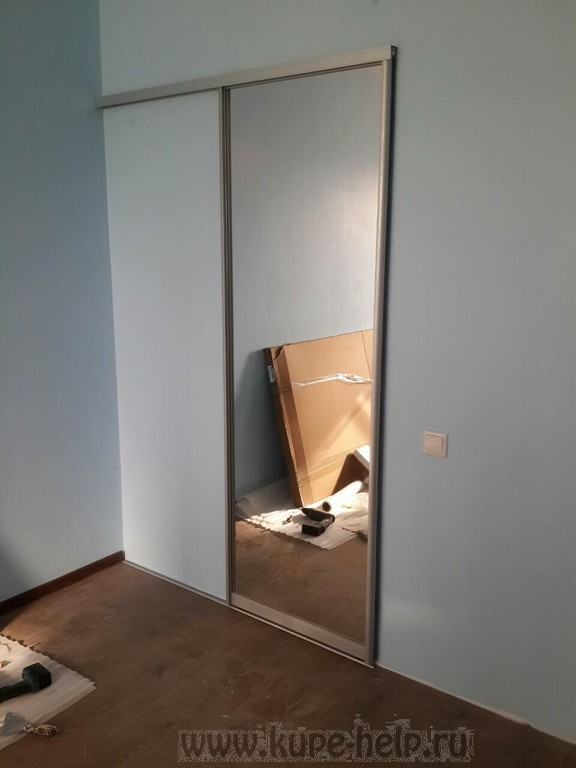 Зеркало на шкаф купе своими руками